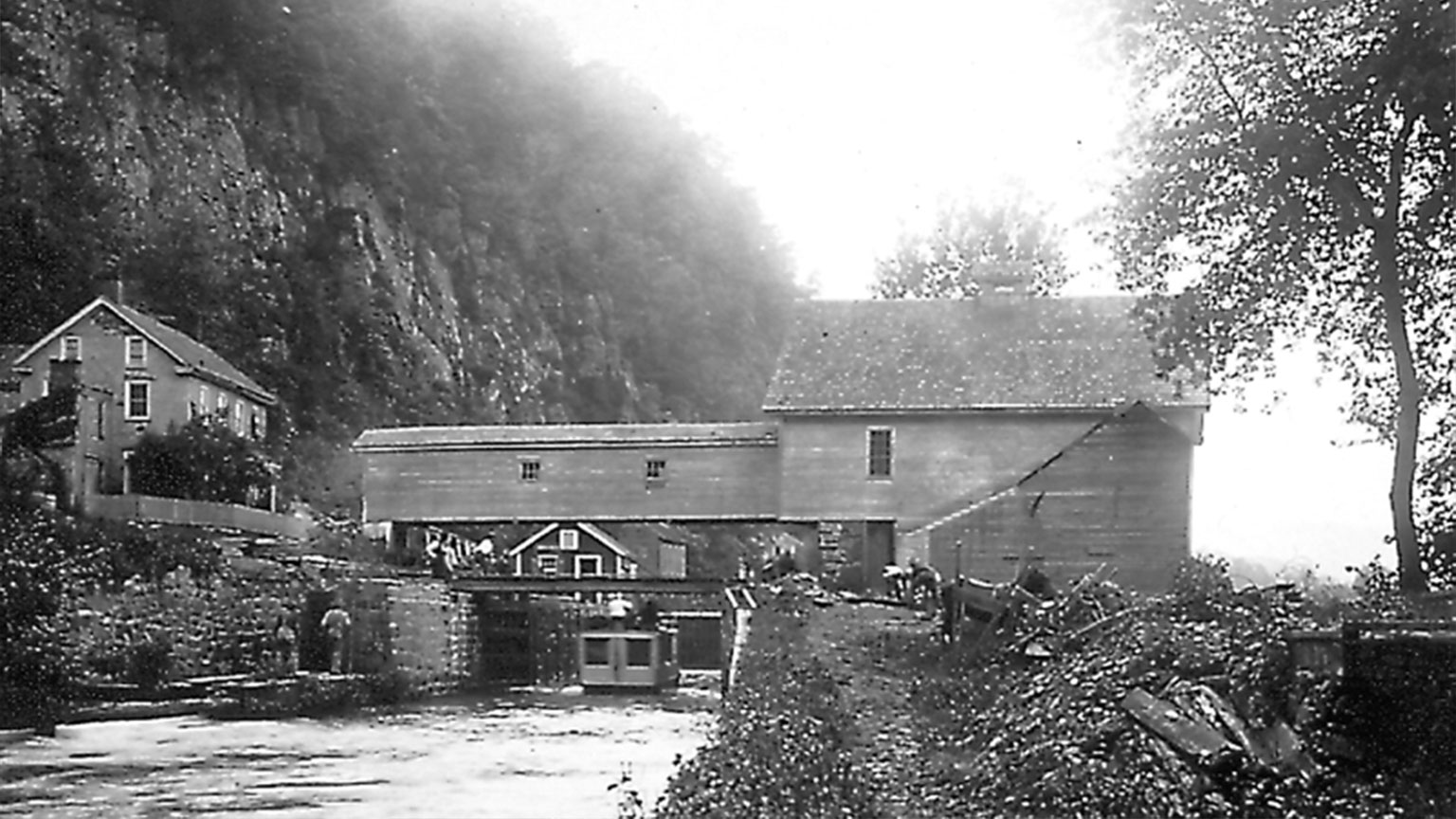 This photo is a great example of an active mill and how it incorporates the canal into its structure.