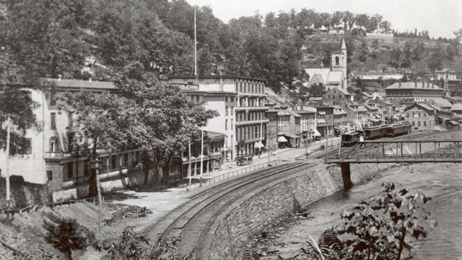 Mauch Chunk along river 1880s.