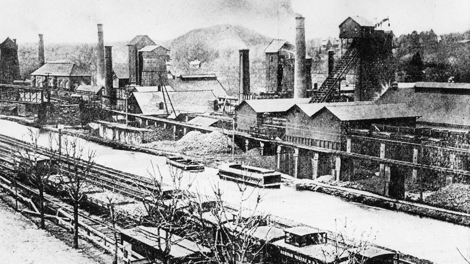 This picture is an example of when a canal was built a factory would spring up next to it.  Soon after the railroad came along and built in the same vicinity.