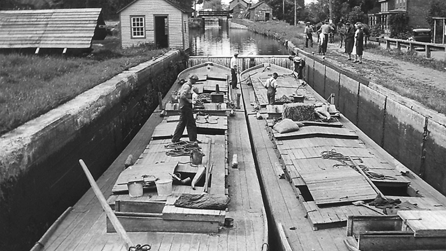 See how close the boats are to one another in a double lock? Captains had to be very careful as they pulled into the lock so as not to bang into the lock walls or the other boat.